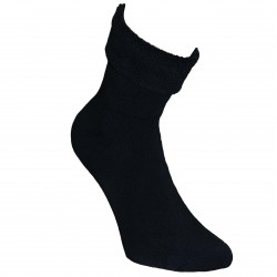 Šiltos pliušinės kojinės Juoda