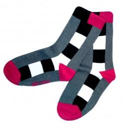 Pilkos kojinės Kvadratėliai