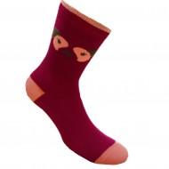 Tamsiai rožinės kojinės Veidas